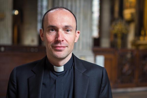 Père Cédric Burgun